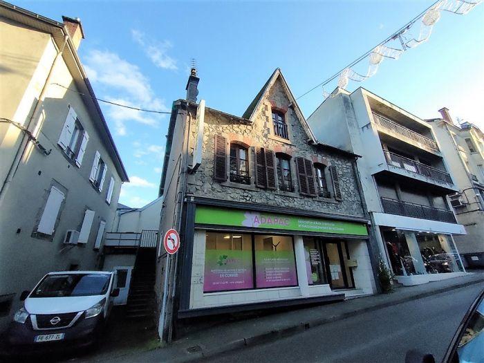 Ussel, centre-ville : vente vente  - grande image 1